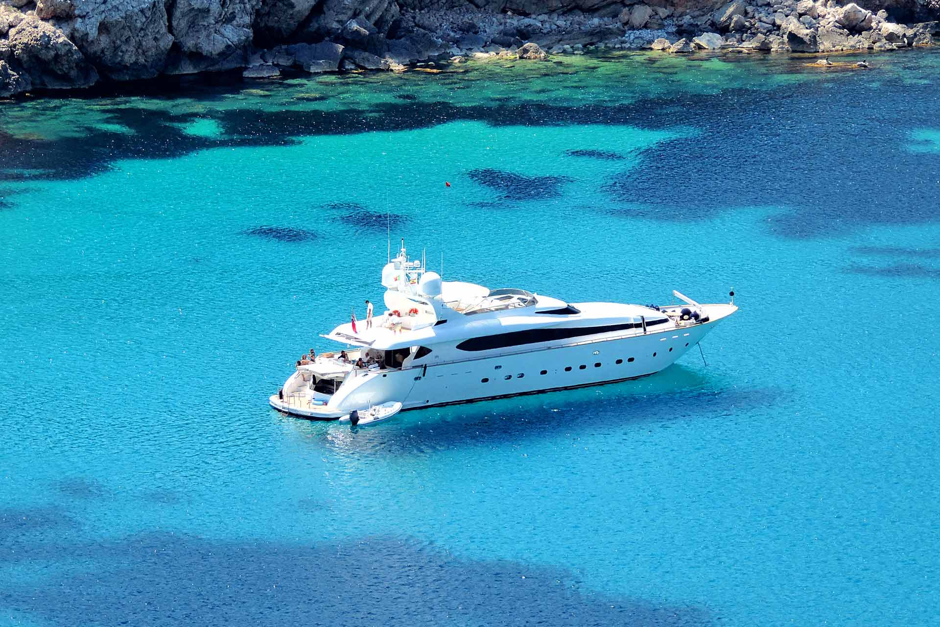 Athens Gold Yachting - Yachts for Charter