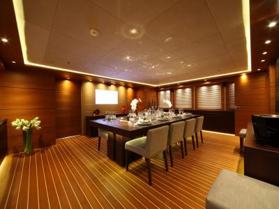 Athens Gold Yachting - Zaliv III - Dining Room